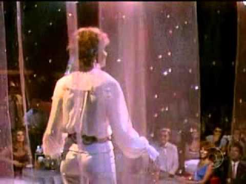 OLIVIA NEWTON-JOHN IN A BRAZILIAN SOAP OPERA - 1982