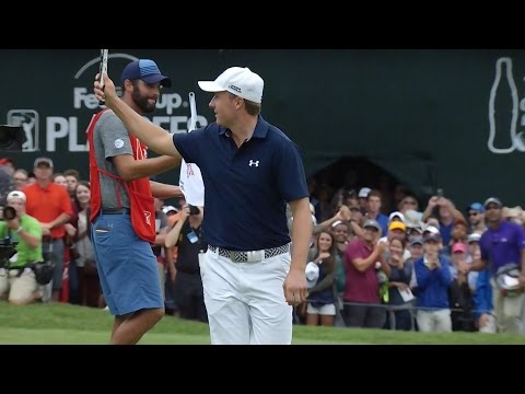 Jordan Spieth talks his golf ball to a FedExCup victory