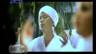 Opick featuring Amanda - Maha Melihat (Super HQ Audio_Video)