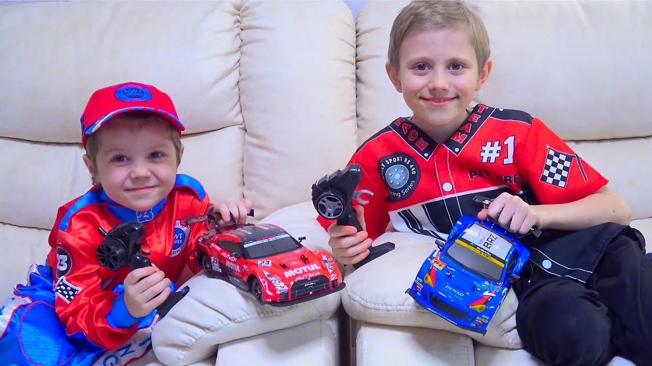 Машинки Autobacs Super GT на радиоуправлении / Даник играет в машинки вместе с Никитой. RC CARS