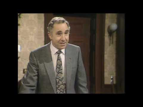 """Да, господин министр, 1980-1984. Вы хотите сказать: """"Счастливого Рождества""""?"""