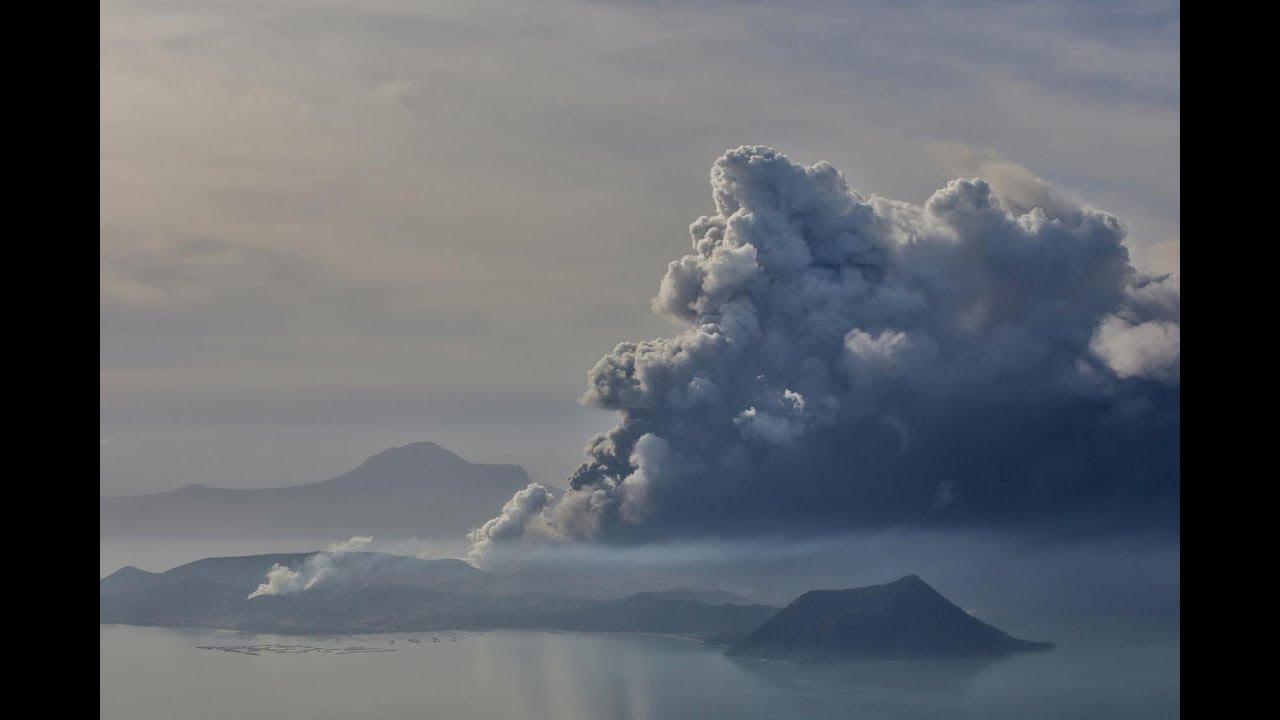 Philippines: Taal Volcano spews ash near Manila
