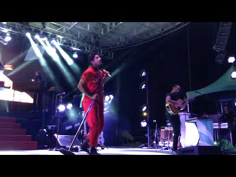 Young The Giant - Titus Was Born LIVE