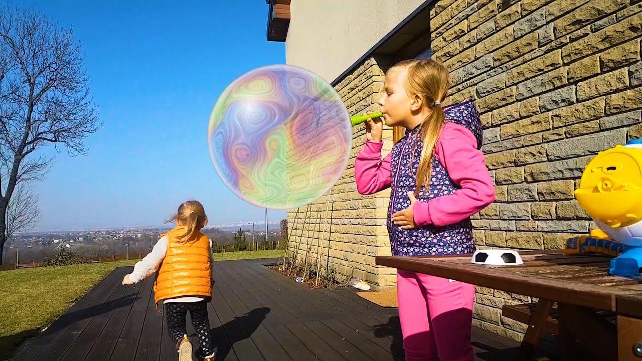 ОГРОМНЫЕ Мыльные Пузыри БОЛЬШЕ Николь Чемпион Giant soap bubbles за кадром