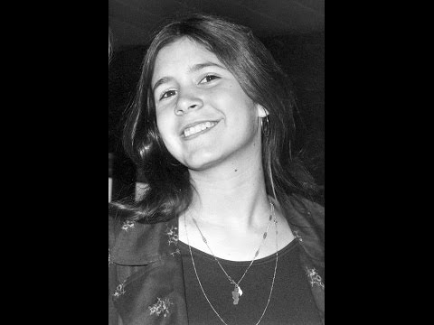 15-year-old Carrie Fisher Singing Bridge Over Troubled Water