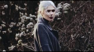 Daria Zawiałow - Pistolet