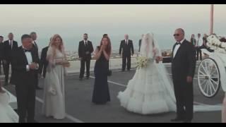 Xenia Deli și-a făcut apariția la propria nuntă
