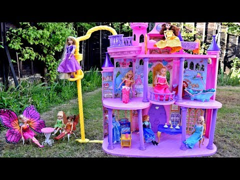 DISNEY Barbie Princess Ultimate Dream Castle Rapunzel Ariel Bell Elsa Supercastillo de Princessas
