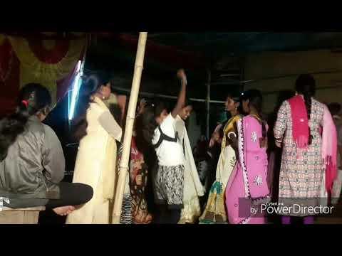 2018 का खतरनाक Dance वीडियो Kon gawe baje re bajanwa Dj Mukesh Mix Turkbad