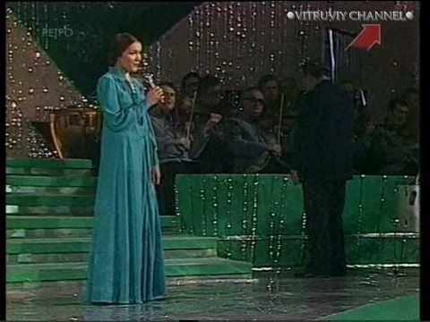 """Татьяна Петрова  """"Цветёт черёмуха к похолоданию"""" ."""