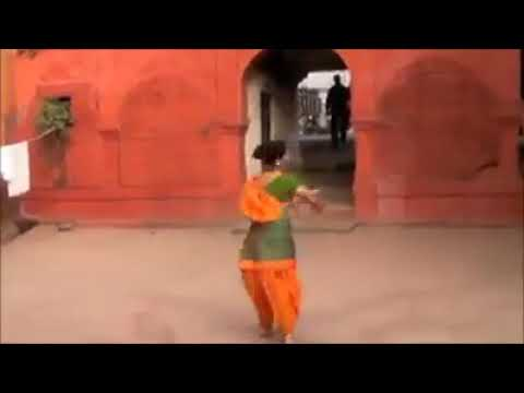 Traditional culture perform by hindu