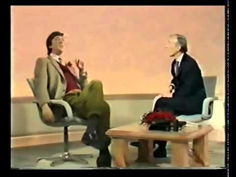 Kenneth Williams Interviews Stephen Fry.mp4