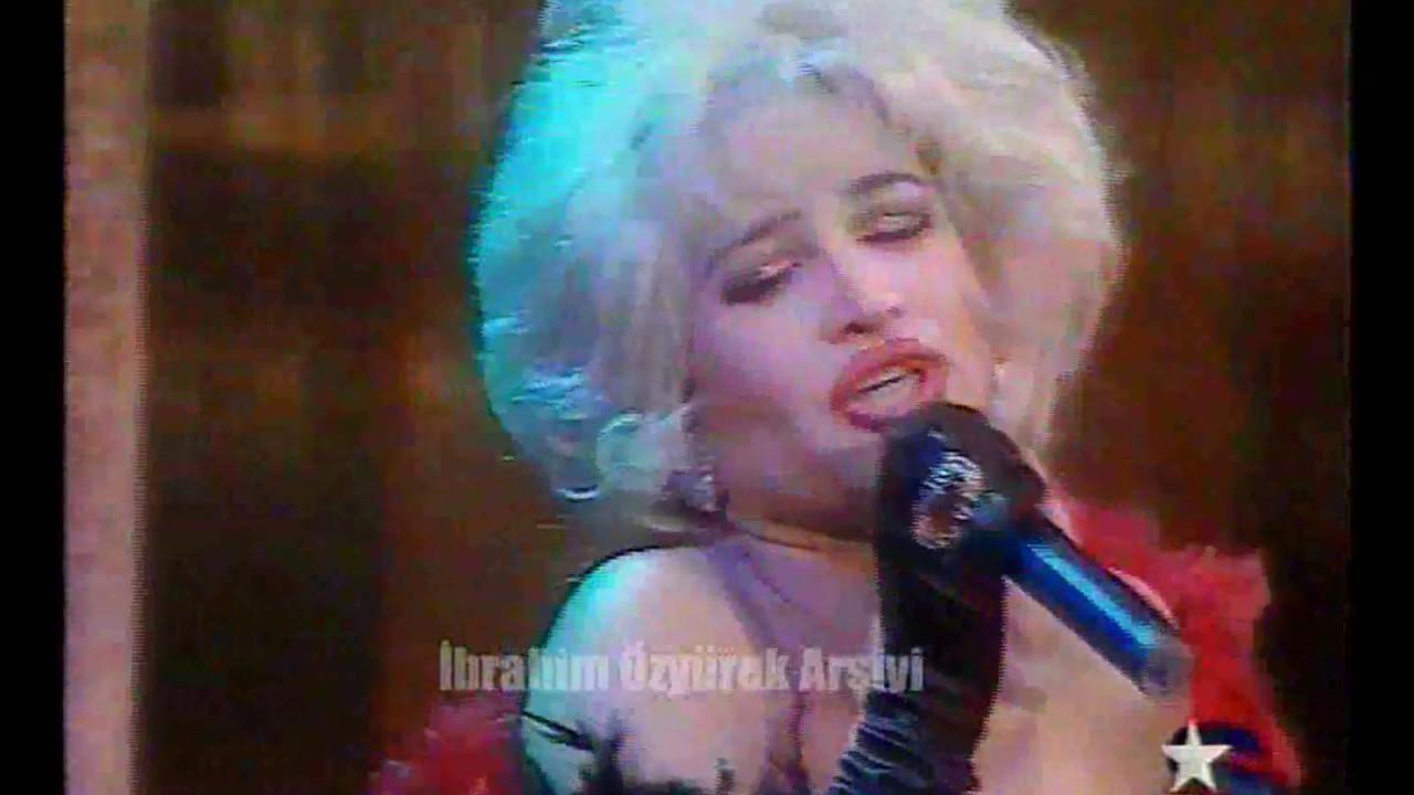 BKM arşivinde olmayan Bir Demet Tiyatro 60.Bölüm sahnesi: Züleyha - Leri Leri (1997 STAR TV Yılbaşı)
