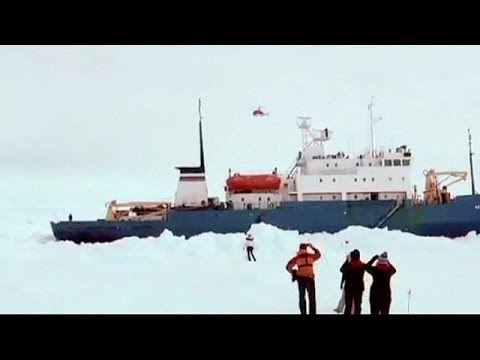 Rescue attempts in Antarctic hampered by ice and foul weather