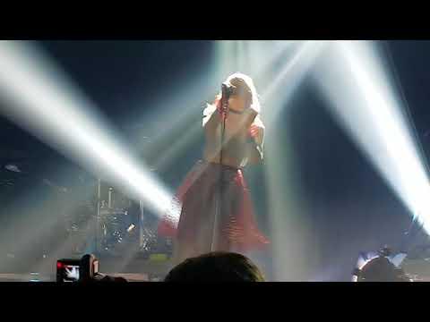 Aurora - [Live @ São Paulo 10/20/17] - Entrance + Soft Universe
