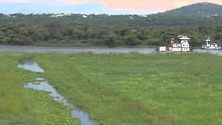 Navegando pelo Canal Tamengo