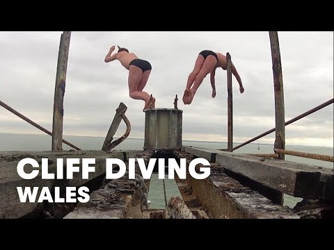 Diving off WW2 Forts - Red Bull Cliff Diving World Series 2012