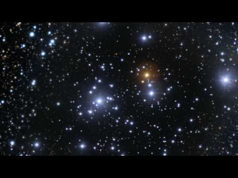 Hubble: Zooming Into The Jewel Box Cluster [720p]
