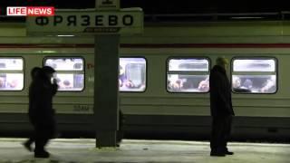 Убили девушку(Беременную забили насмерть в поезде под Москвой. 20-летнюю беременную девушку жестоко избили и бросили умир..., 2013-01-26T21:29:56.000Z)