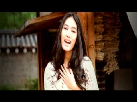 Alika - Andai Dia Tahu (Official Video) by Yovie Widianto