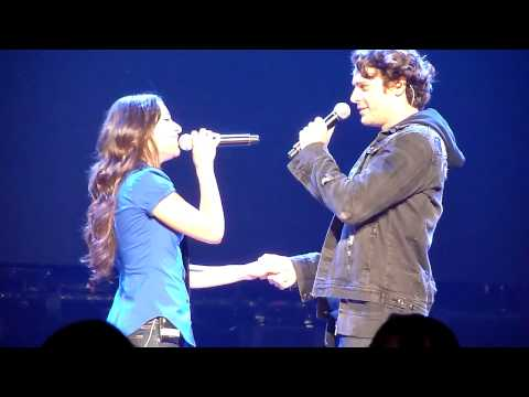 Glee Live Radio City Hello w/ Lea Michele and Jonathan Groff 5-30-10 3p