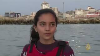 هذا الصباح- طفلة تمارس الرياضة الشراعية في غزة