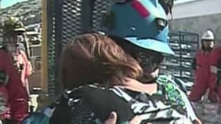 Chili: deux femmes pour un mineur à la sortie du puits