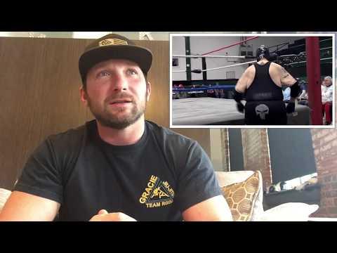 Pro Wrestler Reviews Terrible Wrestling - Worst Pro Wrestling Match Ever!