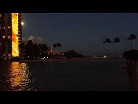 Now.the beach before the fireworks of hilton hawaiian village WAIKIKI beach resort☆