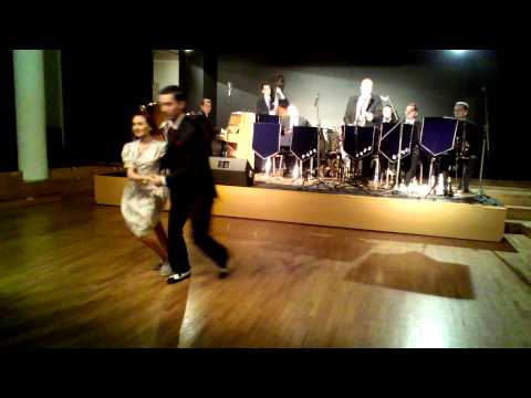 B-SWING Jan & Stell show @ FATS JAZZ BAND concert, Bratislav