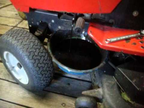 Chainging The Mtd Garden Tractor Oil Youtube