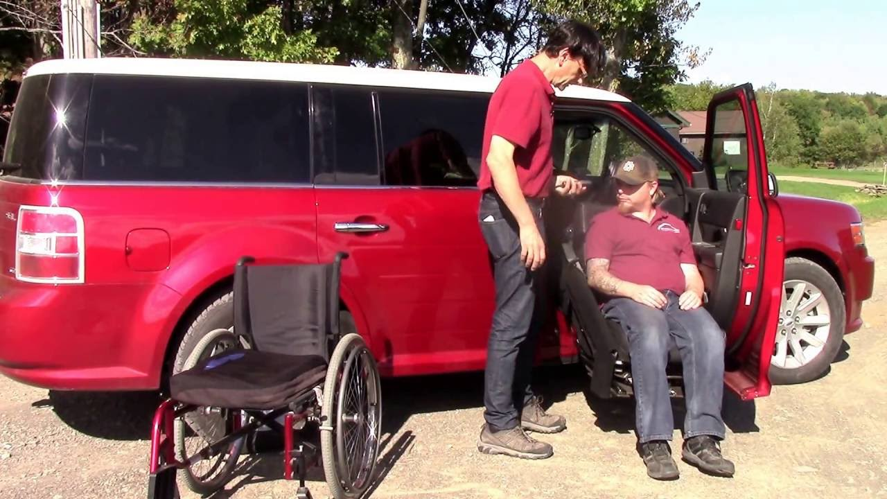 easy reach handicap disability lift to lift a person into right