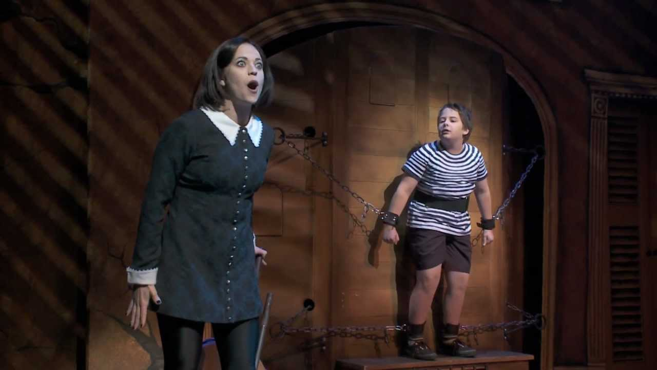 The Addams Family Pulled Starring Cortney Wolfson As Wednesday