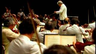 shostakovich symphony no 5 bernstein new york philharmonic orchestra