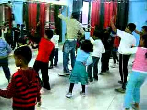 free style dance lessons -rockstar academy chandigarh India