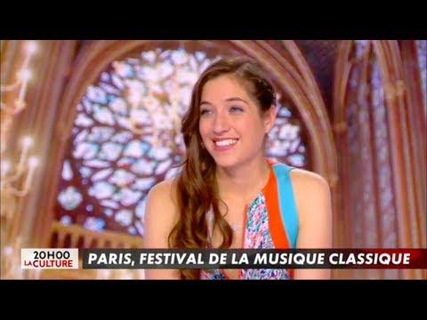 Camille Thomas dans l'Info du Vrai Canal+