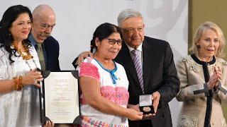 Ceremonia de entrega de los Premios de Artes, Ciencia y Cultura, desde Palacio Nacional