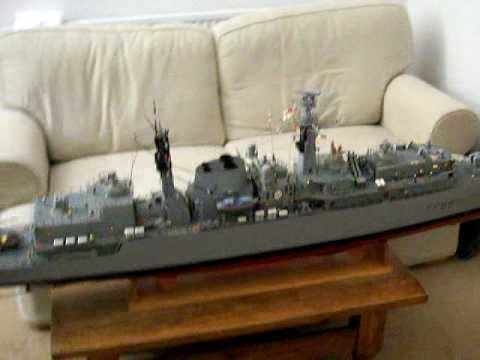 HMS Campbletown Type 22 Royal Navy Frigate Radio Control 1:72 Scale 7 feet  long