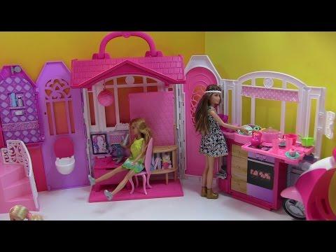Cuộc Sống Barbie & Ken ( Tập 4) Barbie Nấu Cơm, Làm Trứng Ốp  La Bằng Bột Nặn Play- Doh