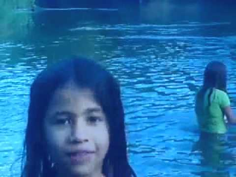 Cobra sucuri mata meninas afogadas no rio...