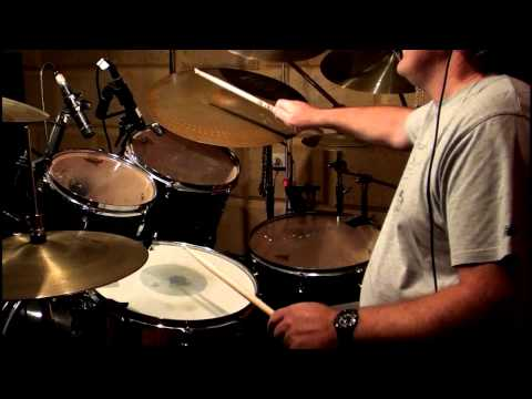 Marco Nuovo drumless track I'm Up