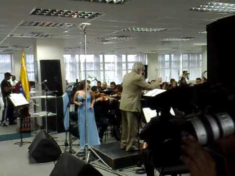 Mary Olga Rodriguez y la sinfonica de Venezuela