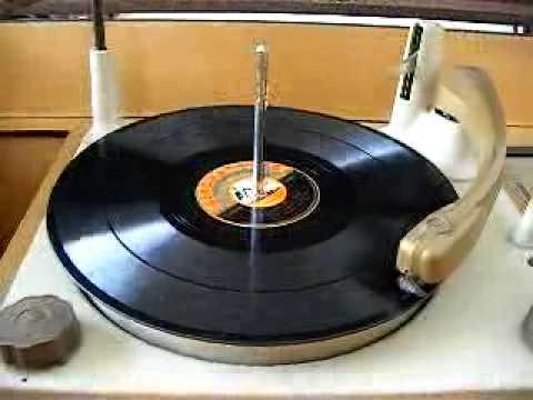 FOR SALE Gramaphone Westminster Vintage Radio Demo of Gramaphone