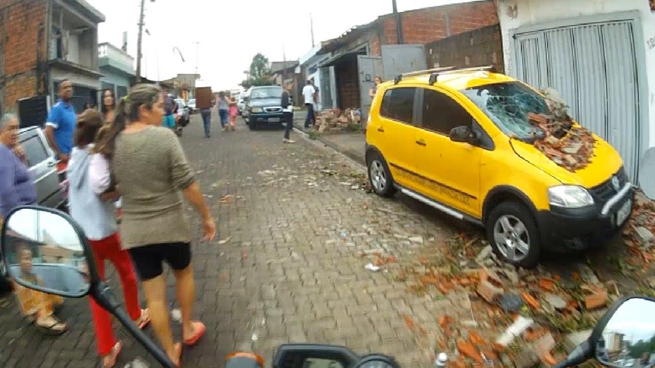 Armario Cama Abatible Ikea ~ Tornado faz estragos em S u00e3o Carlos SP YouTube