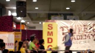 Yassi Pressman singing Please Don't Stop the Music at SM Sucat