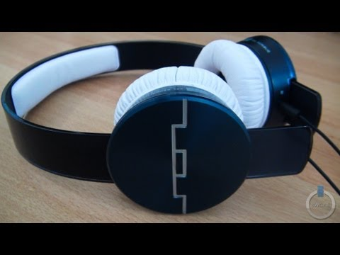 23f7ec2d875 SOL Republic Tracks Ultra On-Ear Headphones Review: Style & Sound -  BWOne.com
