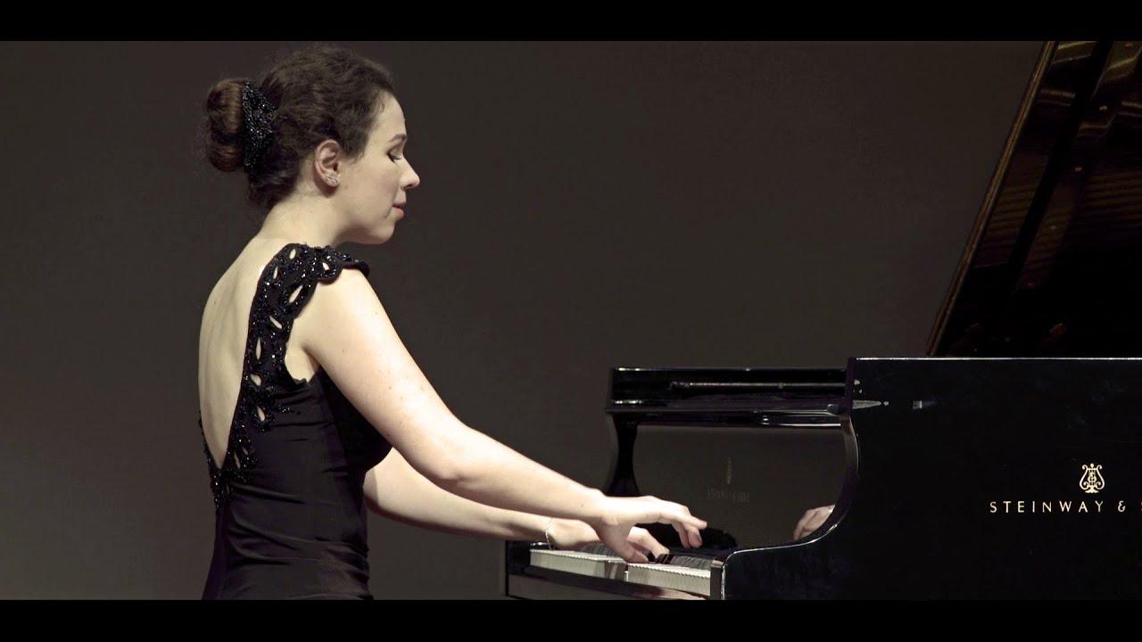 Haydn - Sonata in B minor, Hob XVI: 32 | Alexandra Segal Live