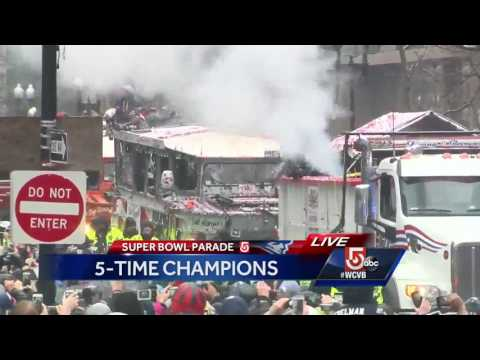Confetti cannons and Patriots: Parade reaches Copley Square