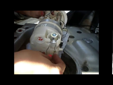 DIY: Nissan Versa Fuel Pressure Regulator Repair - YouTube