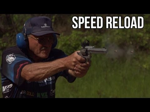 REVOLVER SPEED RELOAD! 16 rounds in 4 seconds on slow mo! S&W 929 Jerry Miculek